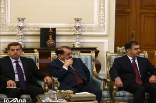 ناظم دباغ: سفر بارزانی به ایران عالی و ثمر بخش بود/ امضای تفاهمنامه بین اربیل و بغداد